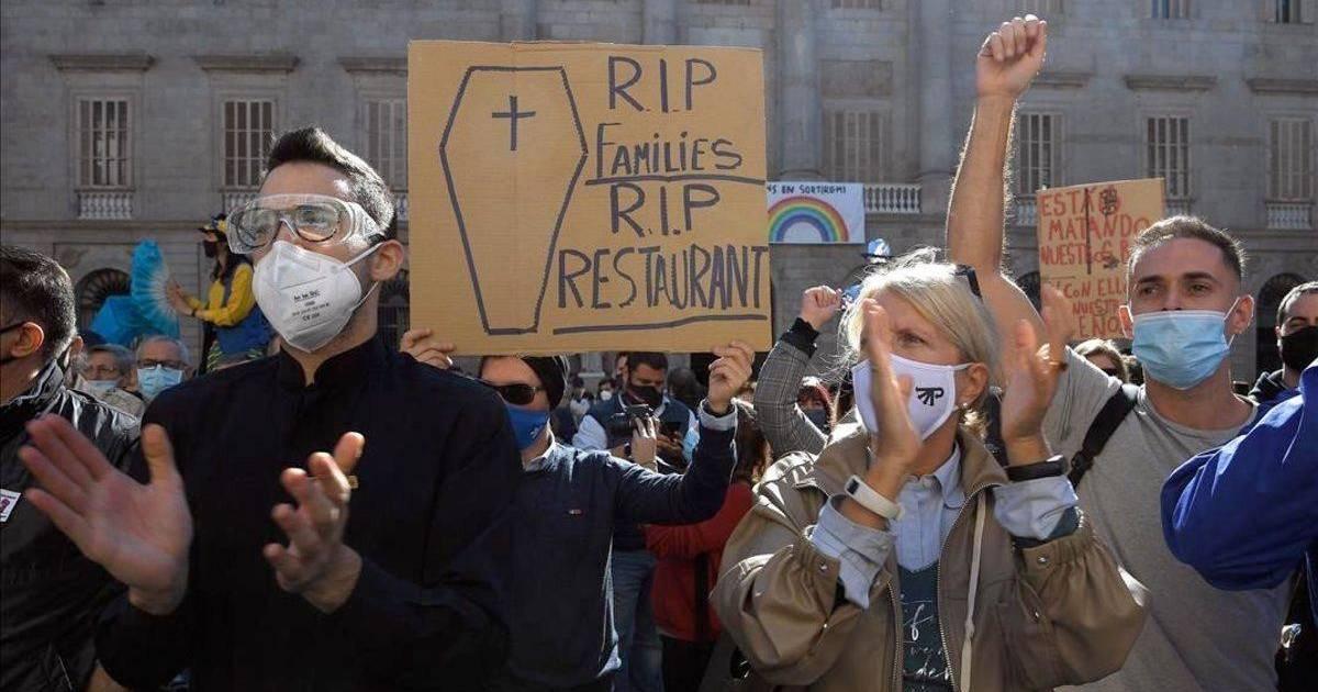 Рестораторы Барселоны просят суд снять ограничения