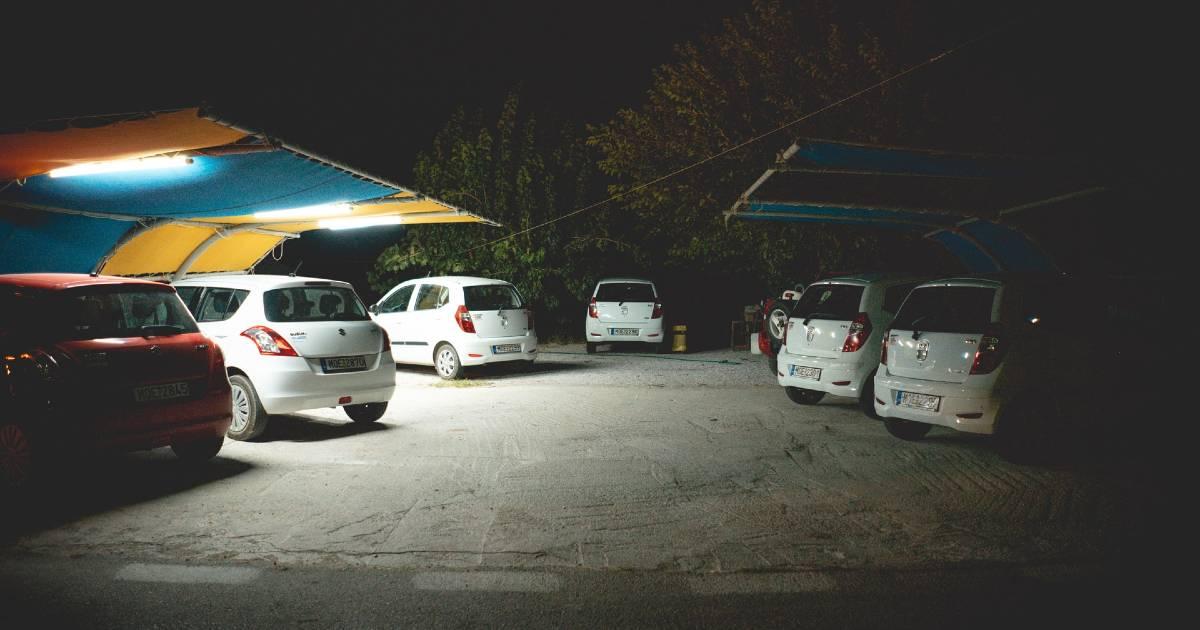 Covid оставляет туристов на Балеарах и Канарах без автомобилей