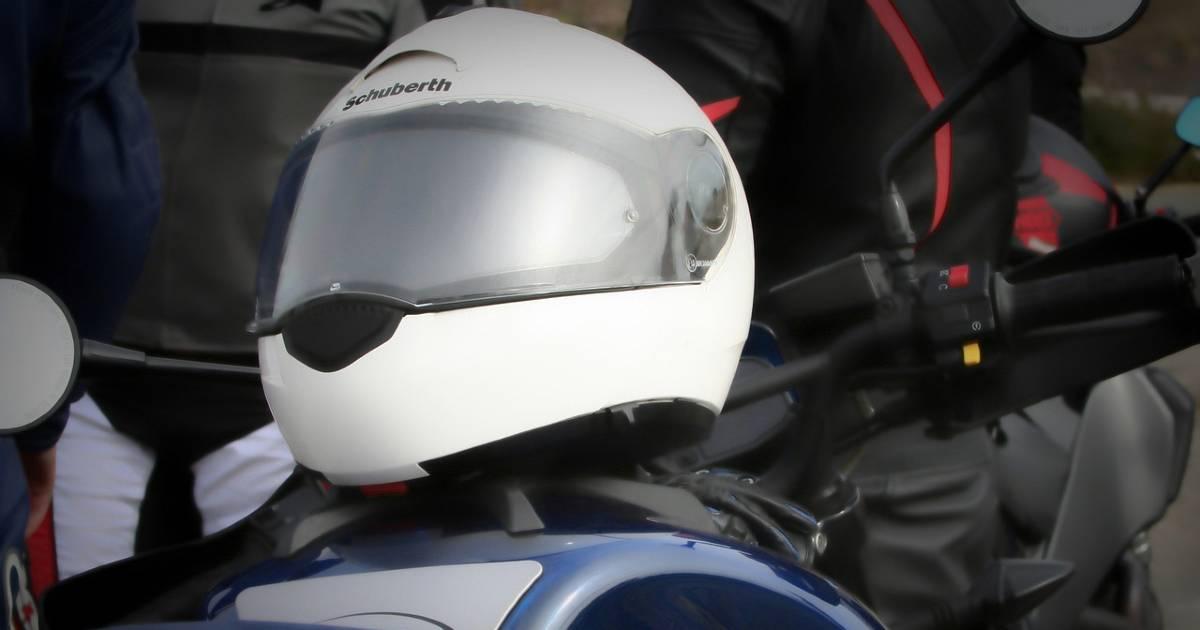 Наличие шлема с bluetooth-устройством не является причиной штрафа