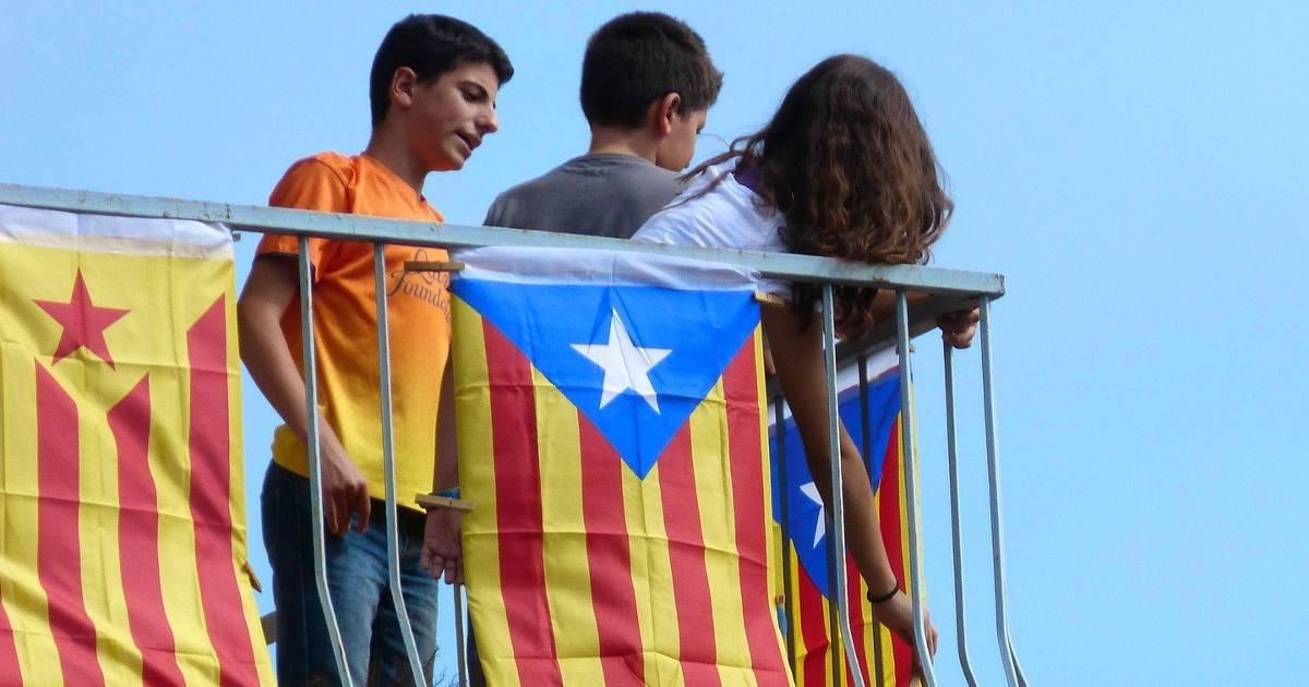 Демонстрация в День Каталонии показала раскол между сторонниками независимости