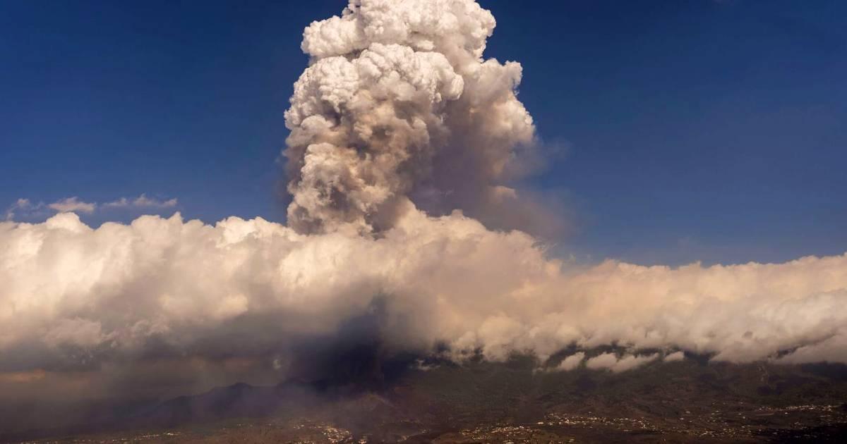 После образования трех новых очагов извержения вулкан стабилизировался