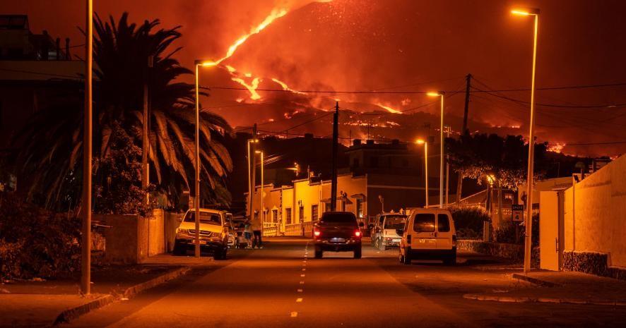Новые эвакуации жителей на Ла Пальме из-за вулкана