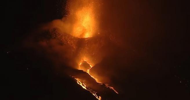 Взрывная активность вулкана усиливается